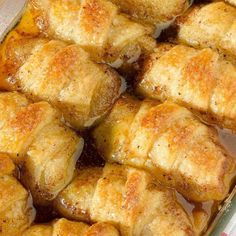 Apple Dumplings is one of the best desserts. Find the easy recipe for Apple Dumplings at OMG Chocolate Desserts. Apple dumplings have incredible taste! Can an apple cider vinegar each day keep carefully the doctor away? Crescent Roll Apple Dumplings, Easy Apple Dumplings, Apple Dumpling Recipe, Crescent Roll Recipes, Pioneer Woman Apple Dumplings, Chicken Dumplings, Apple Crescent Rolls, Apple Recipes Pioneer Woman, Desserts Keto