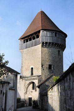 La Tour de la Sergenterie in Poligny