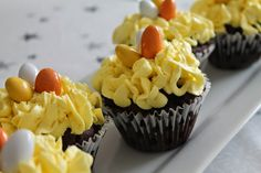 Marias Madside: Påske Cupcakes (Chokolademuffins med citronfrostin...