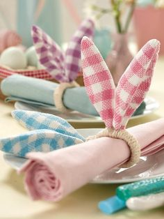 A unique and unusual way to decorate your Easter dining table or outdoor table at your summer BBQs or garden parties! This Easter Bunny Ears Napkin Ring will add a splash of spring colour to spruce up your table décor. Easter Bunny Ears, Hoppy Easter, Easter Dinner, Easter Party, Easter Table Decorations, Deco Table, Easter Crafts, Napkin Rings, Napkins