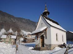 Bezau, Kapelle hl. Sebastian (Bregenz) Vorarlberg AUT Mount Everest, Mountains, Nature, Travel, Bregenz, Naturaleza, Viajes, Destinations, Traveling