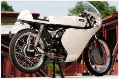 YamahaRD125 - Pipeburn - Purveyors of Classic Motorcycles, Cafe Racers & Custom motorbikes