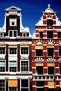 Amsterdam warehouses (Netherlands) by Photos ludiques Oh The Places You'll Go, Places To Travel, I Amsterdam, Amsterdam Houses, Amsterdam Canals, Delft, Rotterdam, Wonders Of The World, Destinations