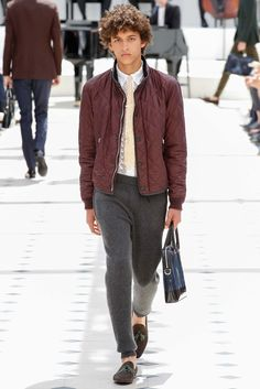 http://www.style.com/slideshows/fashion-shows/spring-2016-menswear/burberry-prorsum/collection/14
