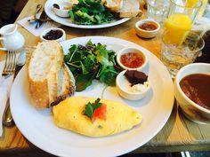 breakfast at Shiba Park