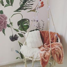 Cute Bedroom Decor, Teen Room Decor, Room Ideas Bedroom, Bedroom Decorating Ideas, Bedroom Decor For Small Rooms, Bedroom Themes, Cozy Small Bedrooms, Hippie Bedroom Decor, College Bedroom Decor