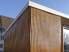 holzbau fasssade südtirol – Google-Suche Felder, Skyscraper, Garage Doors, Multi Story Building, Outdoor Decor, Home Decor, Google, Cornice Boards, Room Interior Design