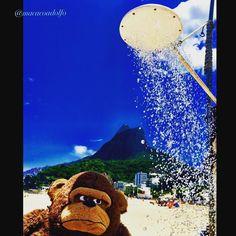 Shower   Nas praias do Rio de Janeiro há chuveiros a céu aberto  #macacoadolfo #macaco #monkey #arte #art #themonkeysjourney #instalacao #intervencao #creativity #imagination #inspiração #thinking #rio450 #intervencao #amo_rio #carioquissimo #nosnatrip #rj #riodejaneiro #rioeuamoeucuido #trippics #021rio #nosnatrip #365caronas #brindeaorio #thinking #conservacaorio #imagination #inspiração #brasil #art #wu_sweden #Ig_Riodejaneiro #visitrio by macacoadolfo
