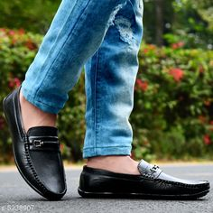 Casual Shoes Men Loafer Shoes Material: Synthetic Sole Material: PVC Fastening & Back Detail: Slip-On Pattern: Printed Multipack: 1 Sizes:  IND-7 IND-6 IND-10 IND-9 IND-8 Country of Origin: India Sizes Available: IND-6, IND-7, IND-8, IND-9, IND-10   Catalog Rating: ★4 (427)  Catalog Name: Unique Graceful Men Shoes CatalogID_776155 C67-SC1235 Code: 664-5238907-947