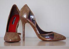 Charles Jordan Paris Gold High Heel Pump With Clear Plastic Deatil sz 7 Gold High Heels, High Heel Pumps, Pumps Heels, Handbag Accessories, Christian Louboutin, Jordans, Plastic, Paris, Nice