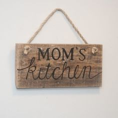 DIY Rustic Wood Decor That Will Cozy Up Your Home In An Instant-homesthetics (9)