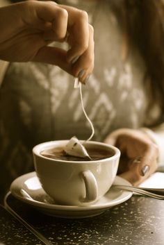 Here I've been ordering sunshine with my coffee, not realizing it comes with it.  The consistent cup...♥