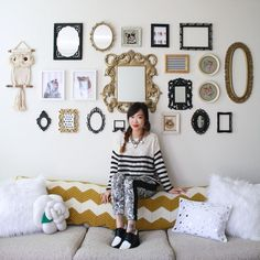 Love the picture wall!
