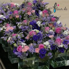 If you are planning for flower decoration in Singapore. We are providing the best online flower delivery at the reasonable price.