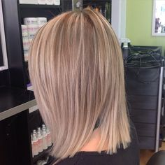 "26 Likes, 1 Comments - Uptown Hair Studio (@uptownhairstudio) on Instagram: ""Goldwell hair colour training @uptownhairstudio today #blonde #bob #foils #blondetones #texture…"""