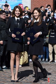 SNSD Yuri and SooYoung graduated from ChungAng University today! ~ Wonderful Generation 권유리 최수영 학위수여식 사진 + 졸업 앨범 사진