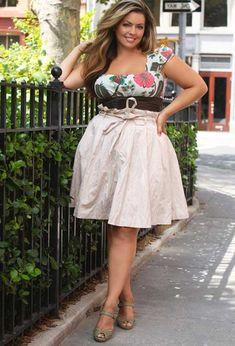 ab8d54f265a Roupas da Moda Feminina Plus Size  Looks e Tendências