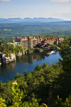 The Mohonk Mountain House, which overlooks Mohonk Lake and is surrounded by dense wilderness and landscaped gardens (making it well-suited to nature lovers), was the winner of the Fodor's Gold Choice Award for the best hotel for kids and families.