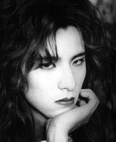 X Japan Photo: Yoshiki Punk Boy, Japanese Love, Photo D Art, Night Aesthetic, Japan Photo, Pretty Men, Actor Model, Visual Kei, Male Beauty
