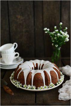 Lemon Poppyseed Bundt Cake | Fit, fun & delish!