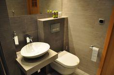 łazienka  http://www.rainbowapartments.pl/pokoj-czerwony/