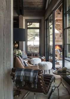 Rustic Mountain Chalet-Locati Architects-07-1 Kindesign