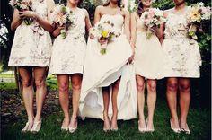 La diferencia entre damas y madrinas de boda. Clic en la foto para leer más. #ebodas #damas #boda #evento #madrina