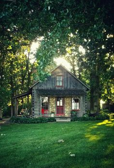 Gorgeous wood cabin. Who wants to relax by a fire pit in this setting? - http://www.homedecoz.com/home-decor/gorgeous-wood-cabin-who-wants-to-relax-by-a-fire-pit-in-this-setting/