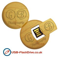A token of appreciation for your wedding guests? A cute little USB stick which is perfect to five as a wedding favour and can be engraved with a message of your choice!