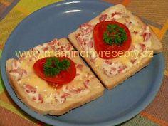 Sýrové toasty s klobásou