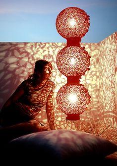 Isabelle Rolland et Christophe Hascoët, designers et éditeurs de Caï Light, ont conçu et réalisé une vingtaine d'objets éclairants. Découverte de RICH.