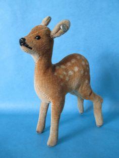 Steiff Tier alt Junges Reh Samt mit Knopf 13 cm hoch in Antiquitäten & Kunst, Antikspielzeug, Steiff | eBay