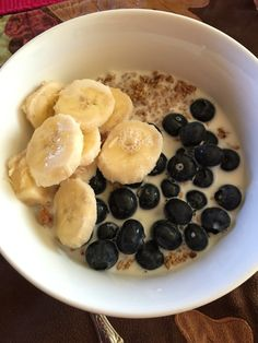 Day 5 of 21 days challenge Breakfast:Sprouted Grain Crunchy Cereal  with Blueberries, banana and almond milk #eatseverything #eatclean #instamood #eathealthy #healthychoices #healthylifestyle #mywholefoodlife #mindbodygreen #foodporn #foodie #fitwife #fitfoodaddiction #fitduefood #wholefoods #cleaneating #colorfulfoodie #colorfulfood #organic #over40 #21daychallenge