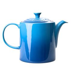 Le Creuset Grand Teapot | Iko Iko, the most exciting shop for gifts, homewares, accessories and more.