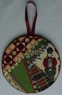 Crazy quilt Christmas ornament #Christmas #crazy quilt #embroidery #ornament @fat-quarter.blogspot.com