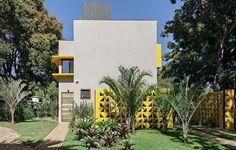 BRAZILIAN HOUSES WITH RETRO TOUCHES