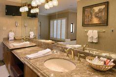 Gold Coast Hotel & Casino - Deluxe Suites | Executive Suite Bathroom | GoldCoastCasino.com