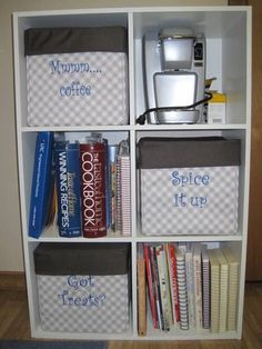 Junior cubes with lids to stay organized