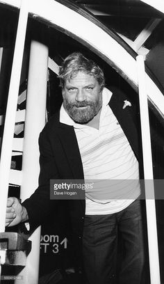 Actor Oliver Reed at the National Film Theatre, London, November Oliver Reed, Star Wars, Classic Films, New Movies, Movie Tv, Actors, Le Mans, Bobs, Rebel