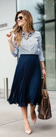 Pleated Skirt Outfit Ideas Pictures business casual outfit idea pleated skirt outfit for work Pleated Skirt Outfit Ideas. Here is Pleated Skirt Outfit Ideas Pictures for you. Pleated Skirt Outfit Ideas how to wear pleated skirts pretty designs. Fashion Mode, Work Fashion, Modest Fashion, Fashion Outfits, Fashion Spring, Trendy Fashion, Fashion Clothes, Trendy Style, Fashion Check