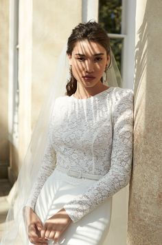 b9abbb865f4b7 Sassi Holford Honor Bridal Boutique
