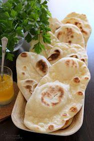 Sünis kanál: Naan - indiai lepénykenyér Indian Food Recipes, Keto Recipes, Vegetarian Recipes, Healthy Recipes, Ethnic Recipes, Bread Dough Recipe, Snacks Für Party, Naan, Winter Food