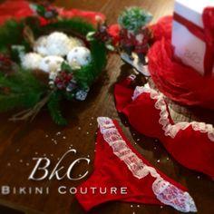Intimo natalizio e costume da bagno in estate... Questo è Bikini Couture...☀️