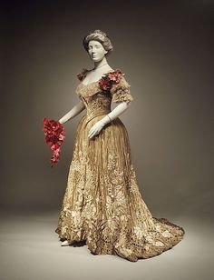 Circa 1898-1902 Edwardian silk and linen ball gown by Jacques Doucet, French.