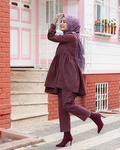 مدل مانتو پاییزی دخترانه سال 2019 Tesettür Kombinleri - Tesettür Modelleri ve Modası 2019 ve 2020 Abaya Fashion, Muslim Fashion, Modest Fashion, Fashion Outfits, Hijab Style, Hijab Chic, Hijab Dress, Hijab Outfit, Hijab Elegante
