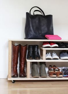 Queen Lila-royalty crafts | 11 DIY shoe storage ideas | http://www.queenlila.com
