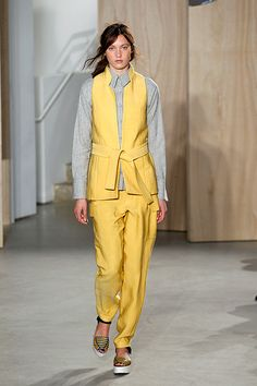 Thick ribbon belts  The 14 Need-To-Know Trends Of 2015 #refinery29  http://www.refinery29.com/2014/09/74344/fashion-week-trends-spring-2015-runway-shows#slide-26  Creatures Of The Wind