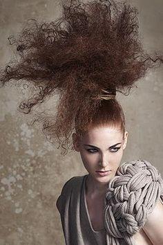 vestidos moda 2011: Peinados Extravagantes 2012
