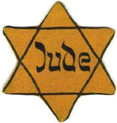 Antisemitismus diente den Nationalsozialisten als Erklärungsmuster für alles nationale, soziale und wirtschaftliche Unglück, das die Deutschen seit dem verlorenen Ersten Weltkrieg erlitten hatten. Antisemitismus war das Schwungrad, mit dem Hitler seine Anhänger in Bewegung brachte. Die Überzeugungen