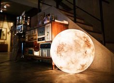 Luna Allows you to Bring the Moon Along with You. l #design #AcornStudio #indiegogo